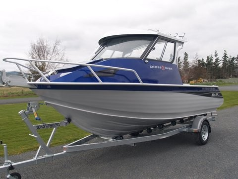Trade a Boats Australia VERY impressed after trialling a 611 Crossover